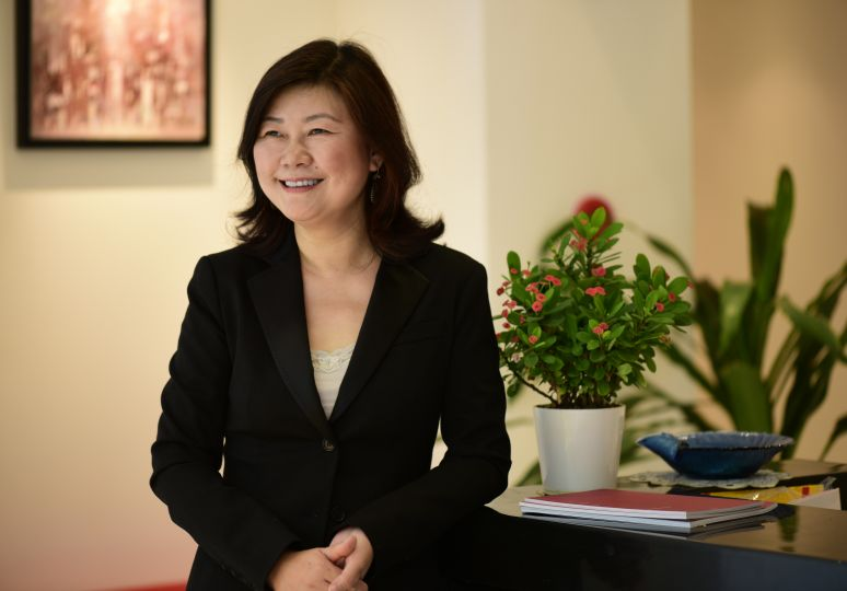 Yan Lu